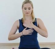 Poln jogijski dih_ Mokini yoga
