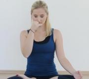 Nadi shodana pranajama_ Mokini yoga