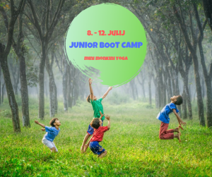 pocitnice-za-otroke_joga-za-otroke_oddih-v-naravi_junior-boot-camp_mini-monkini-yoga